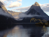 small_00_Milford_Sound_02