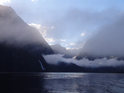 small_05_Milford_Sound_11