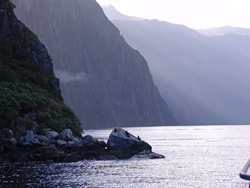 small_11_Milford_Sound_23
